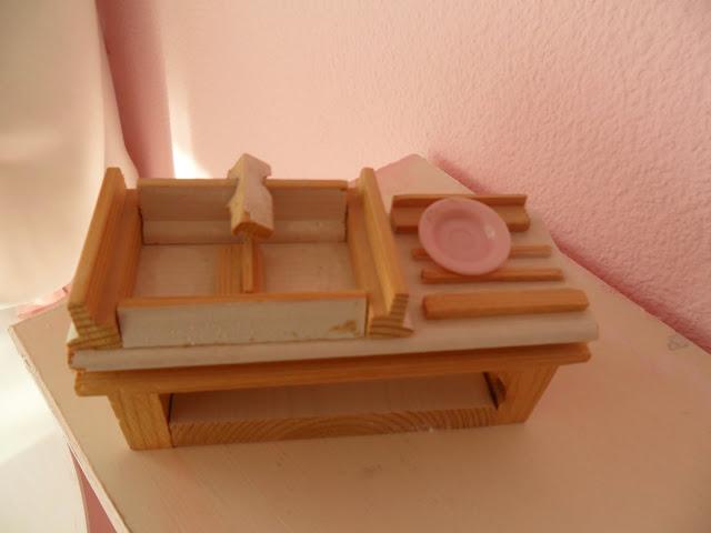 Im Kinderzimmer 4 Puppenhaus Mbel Selber Gemacht