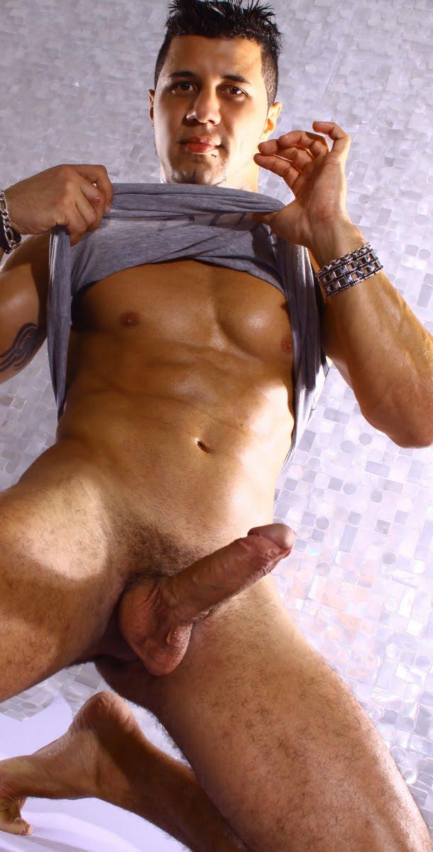 Boys Mundo Erotico Gay Fotos De Um Homem Sarado Gostoso E Big Dotado