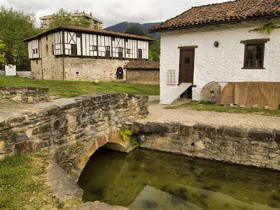 Casa del molinero y palacio del Conjunto de Igartza (Beasain)