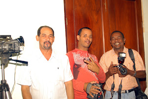 CAMAROGRAFO ROBERTO RICHARZON, ZACARIA Y ALFREDO BASORA, COMUNICADORES QUE TRABAJARON EN EL ACTO