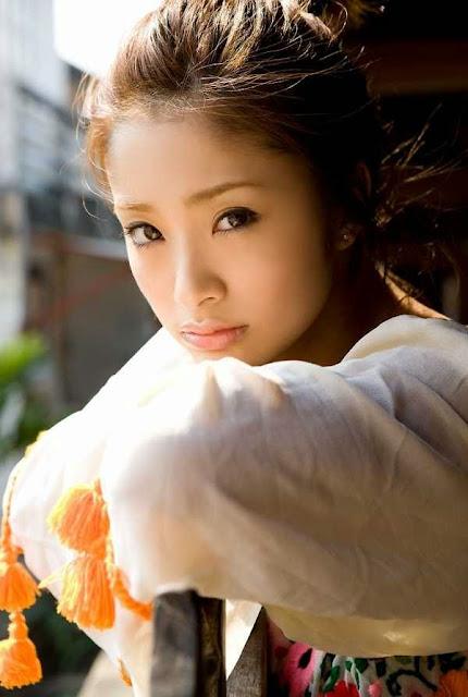 Gambar Aya Ueto