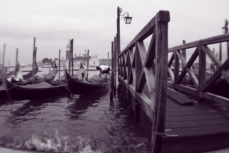 Como un puerto maltratado por las olas