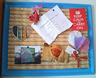 Creative crafting how to make a wine cork notice board for Creative notice board