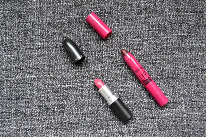 Seventeen Lip Crayon in Knockout
