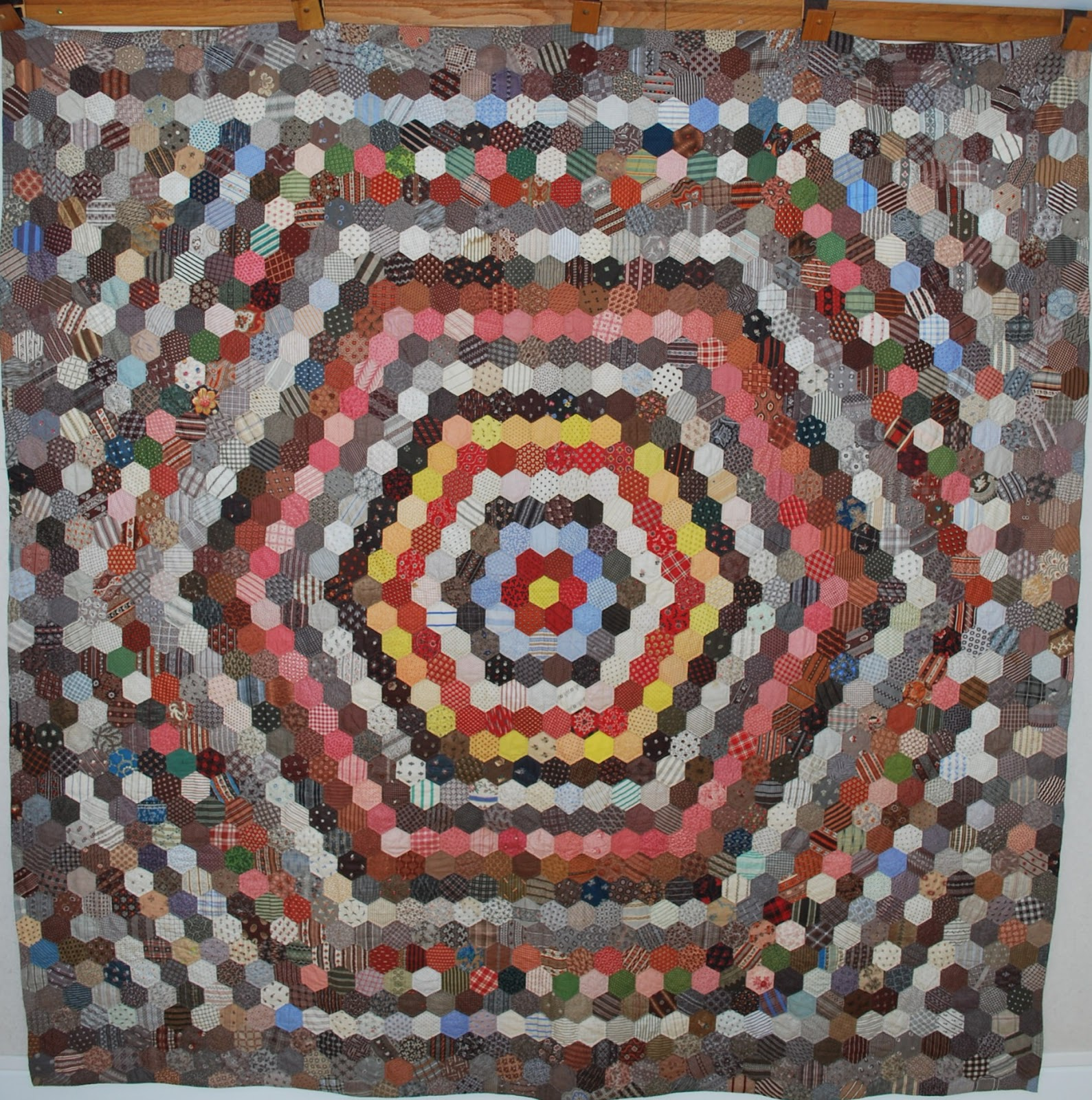 Quilts vintage and antique hexagon mosaic charm quilt for What to do with an old quilt