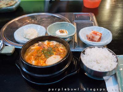 kimchi and pork silken tofu stew