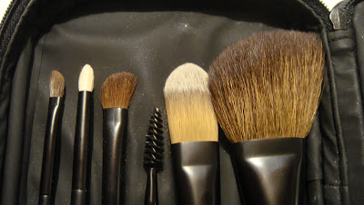 Les Minis de Chanel brushes