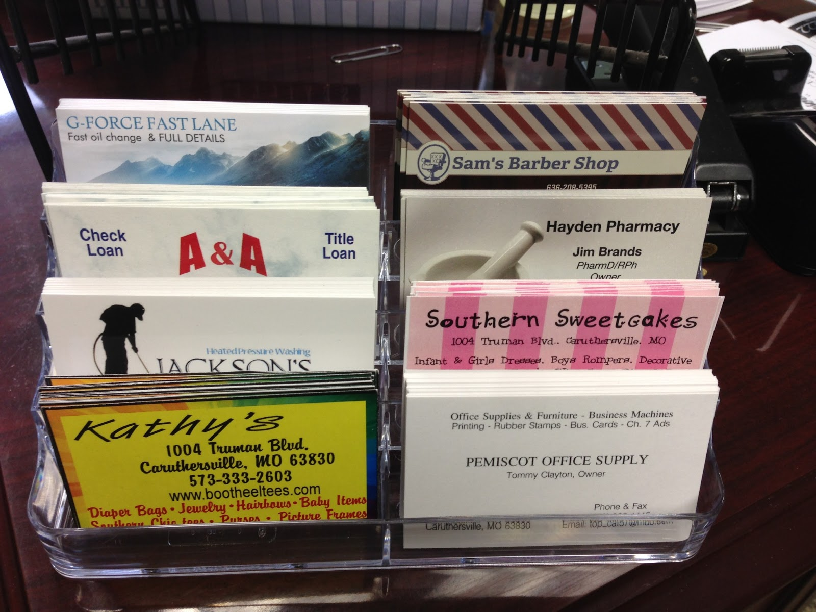 Caruthersville Chamber of Commerce: Business Card Displays