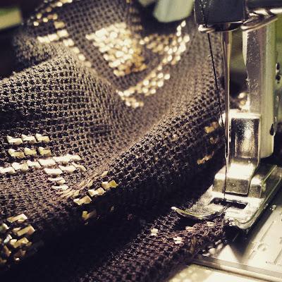coser un assuit