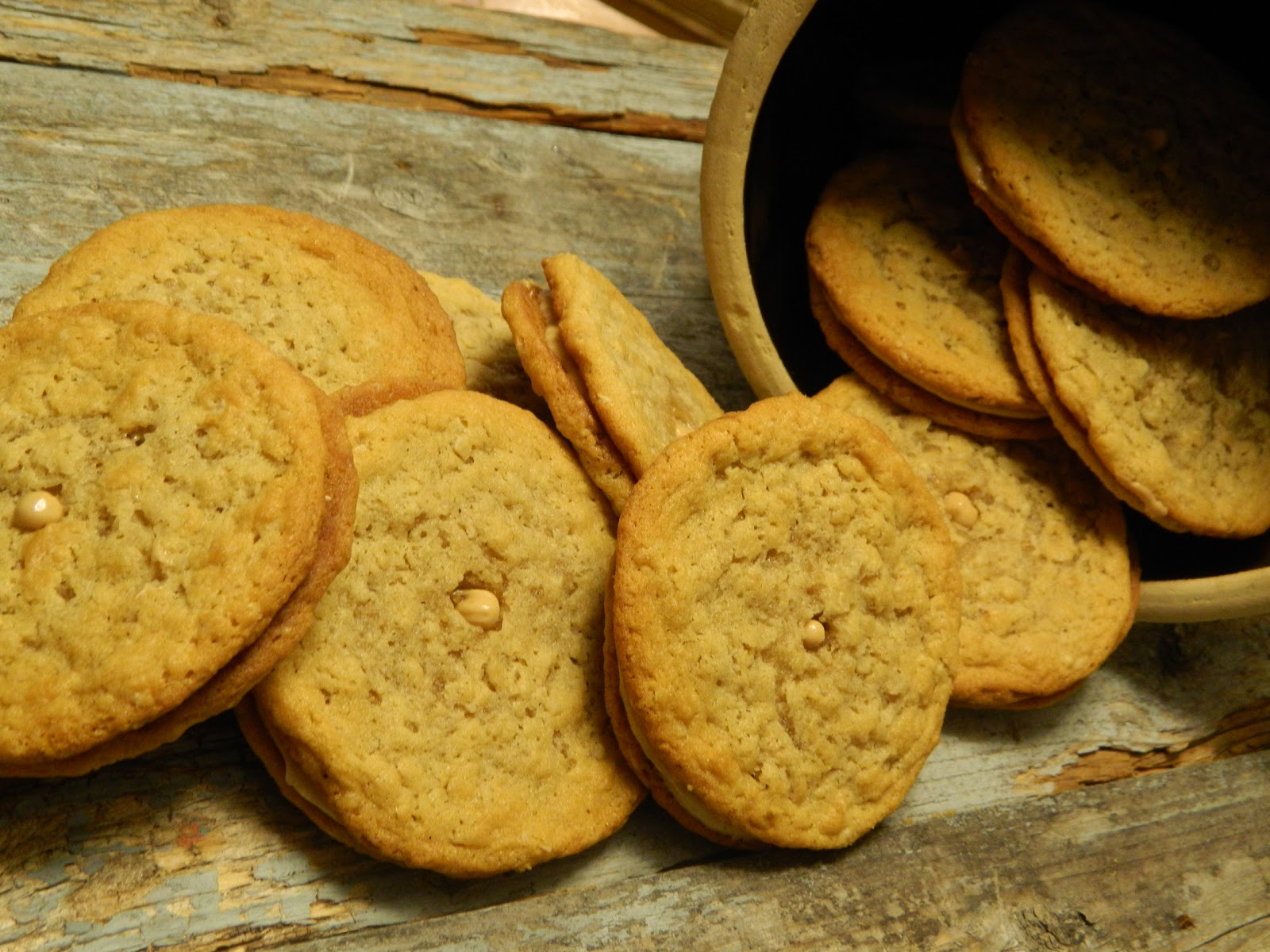 The Wednesday Baker: PEANUT BUTTER COOKIES AKA DO-SI-DOS