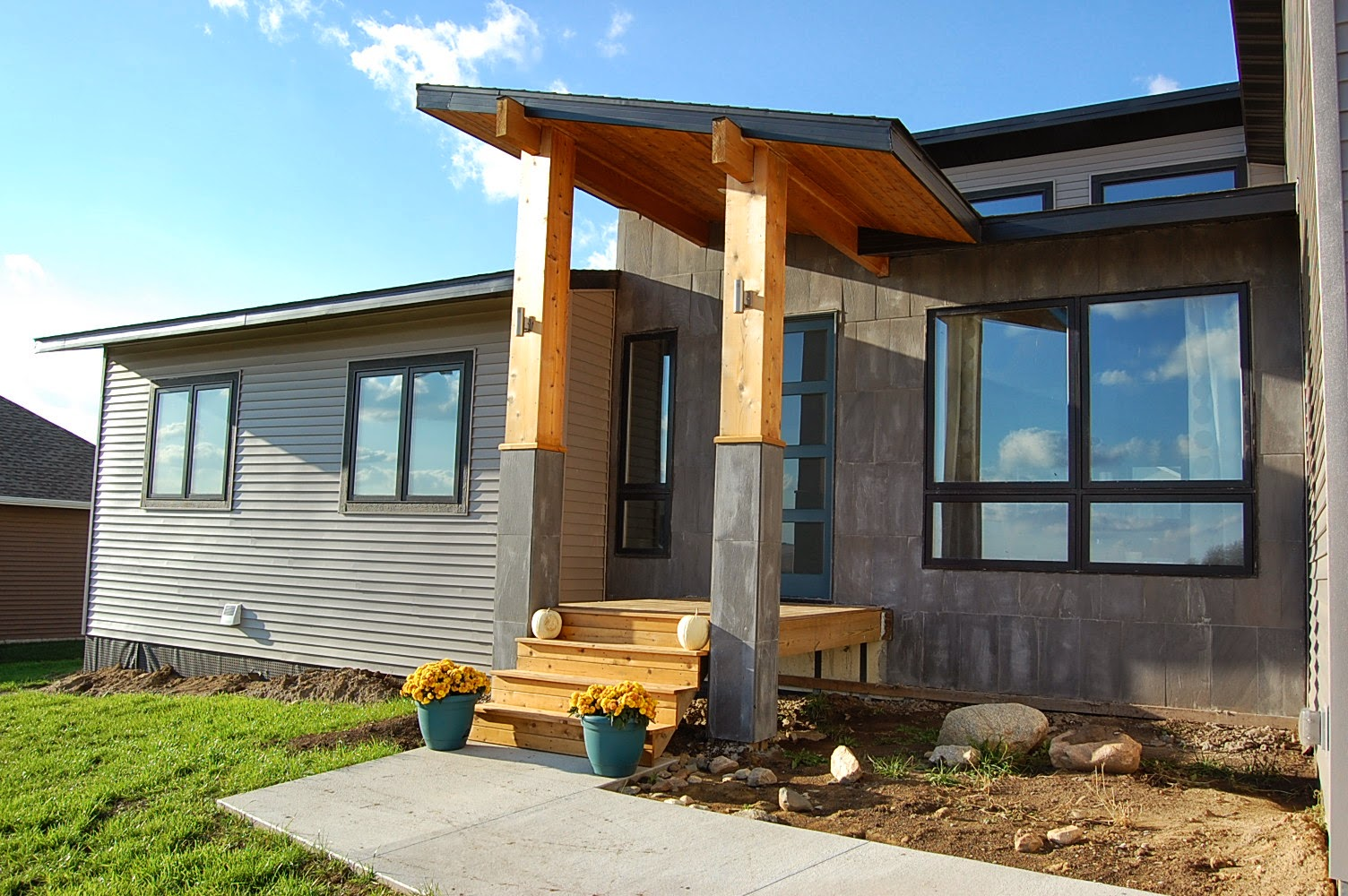 New lizer homestead for Modern porch designs for houses