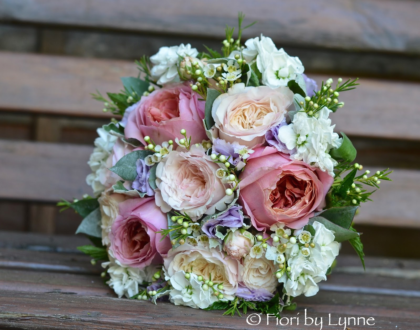 lauras coral blush and lavender wedding flowers itchenor sailing club - Blush Garden Rose Bouquet