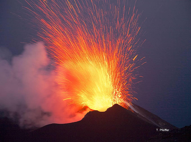 Michael Parks: des pipes d'une rare élégance et techniquement irréprochables! - Page 2 Volcano