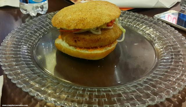 Naughty Lucy veg burger
