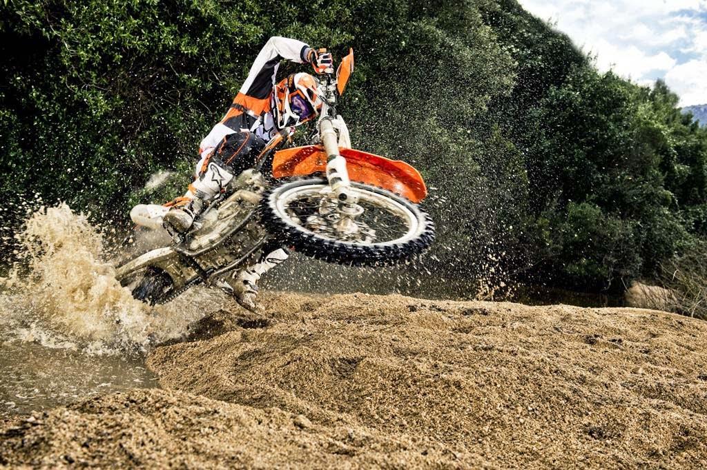 KTM 250 SX-F Bikes HD Images