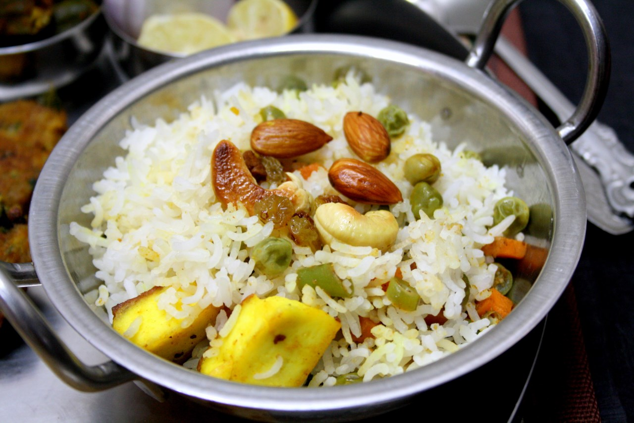 Cooking 4 all seasons nawabi pulao how to make awadhi for Awadhi cuisine dishes