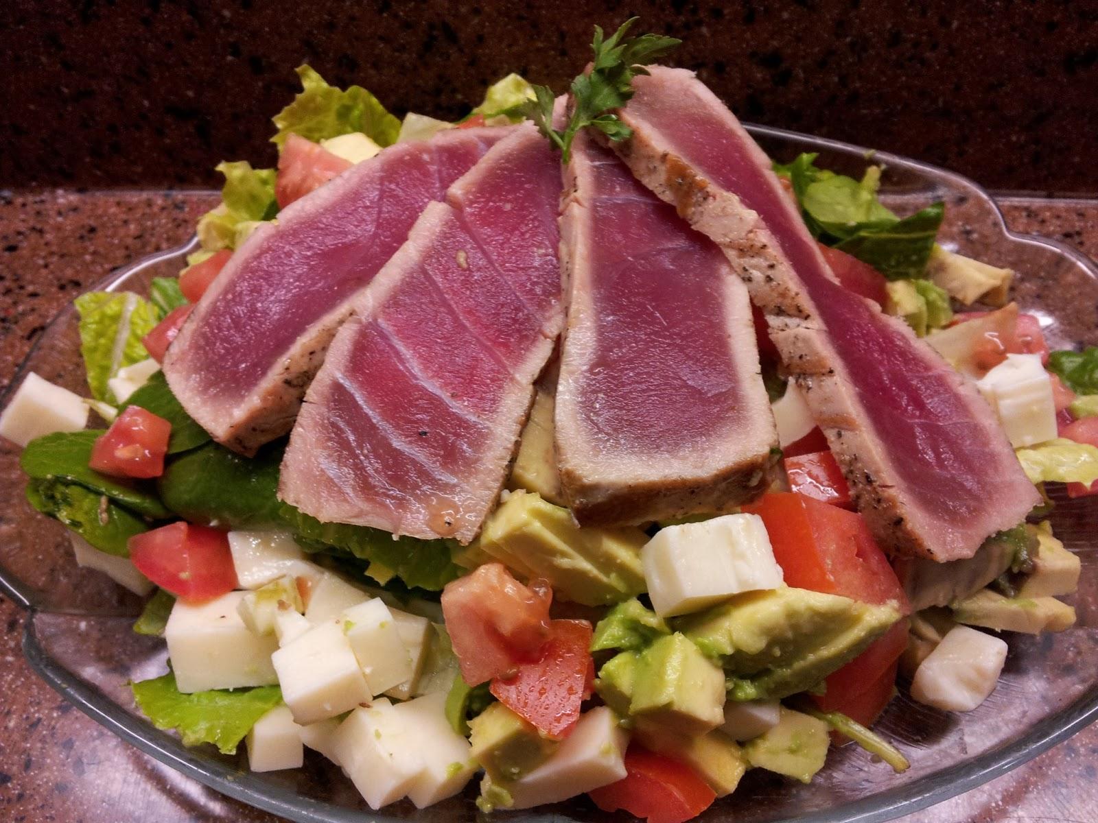 Munch by denise sashimi grade aaa ahi and yellowfin tuna for Sashimi grade fish