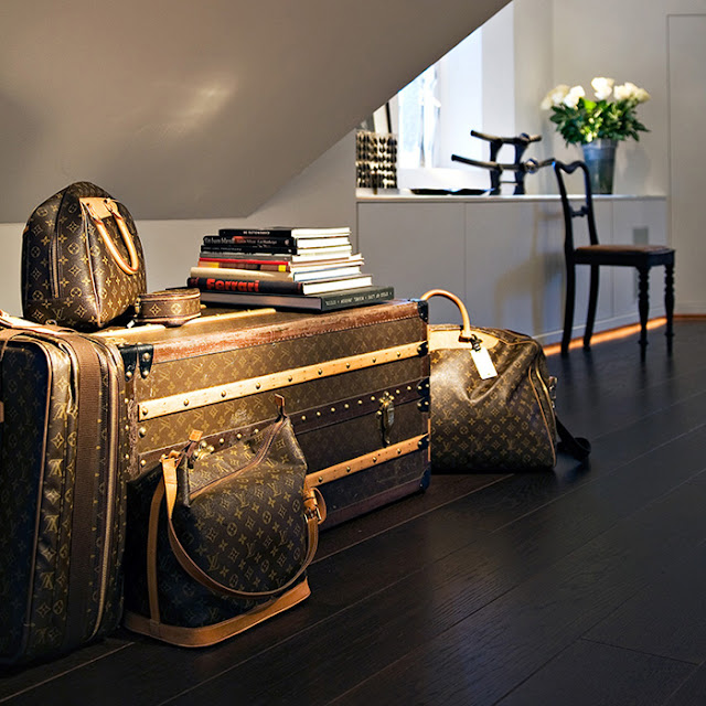 Decorating With Vintage Louis Vuitton Trunks T A N Y E S H A