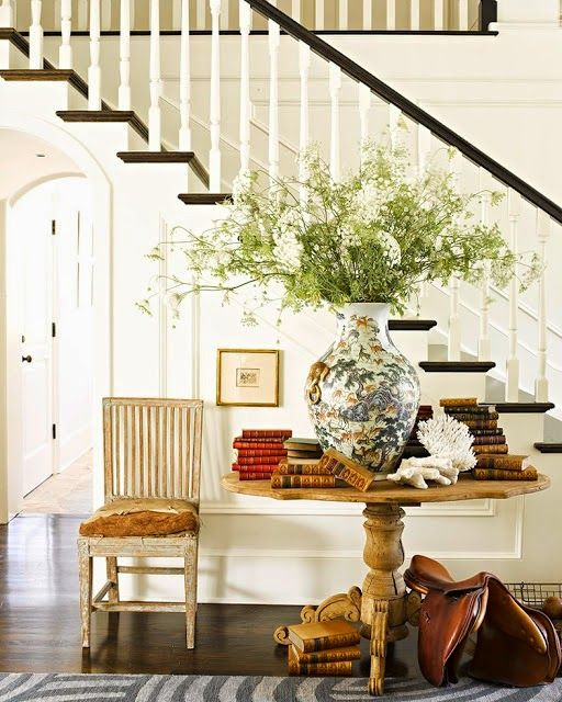 New Home Interior Design Traditional Hallway: New Home Interior Design: Foyer Flower Arrangement