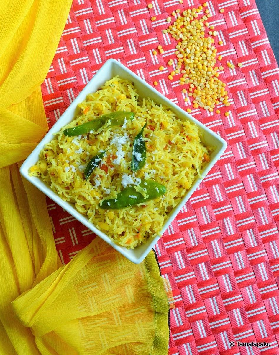Paruppu Idiyappam ~ Moong Dal Sevai