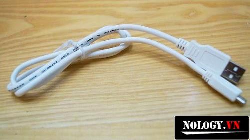 cáp sạc kết nối của điện thoại LG