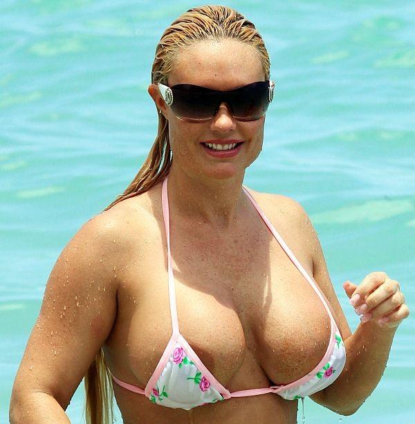 Coco austin nipple slip