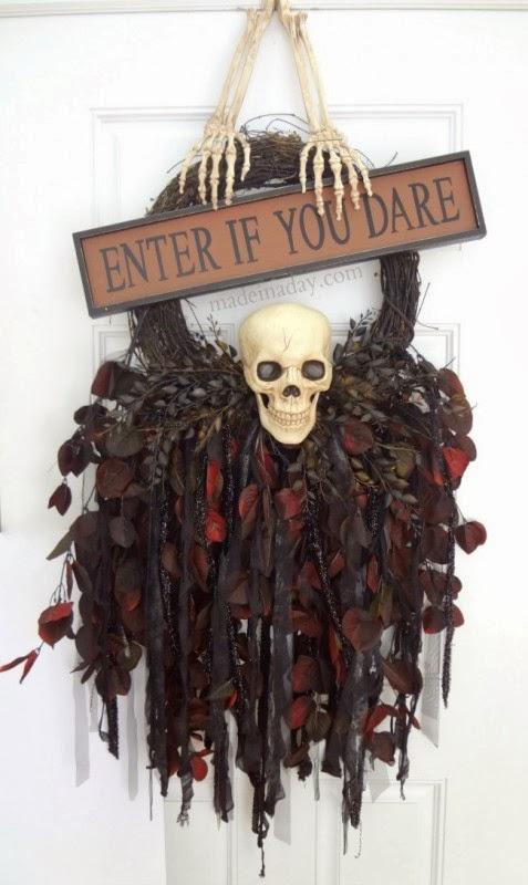 Halloween skull wreath