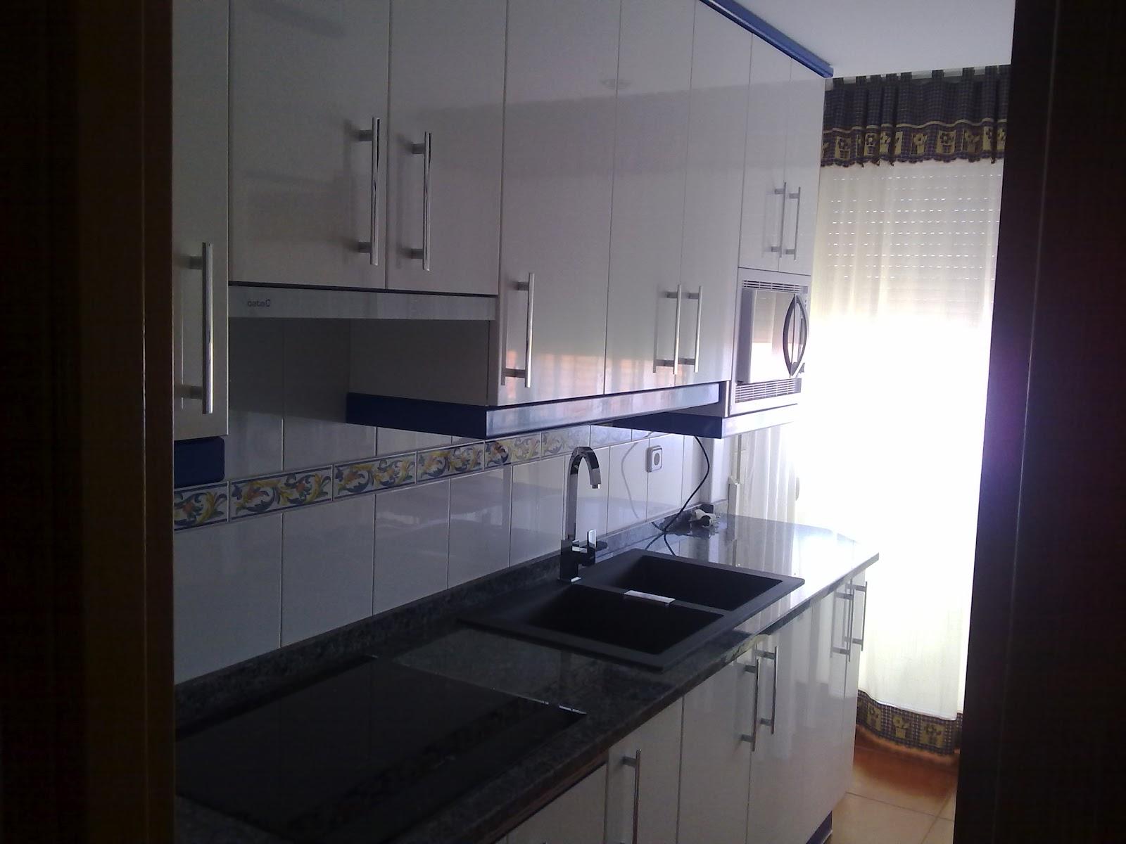 Cocinas ayz eurolar madrid laminado alto brillo blanco - Remates encimeras cocinas ...