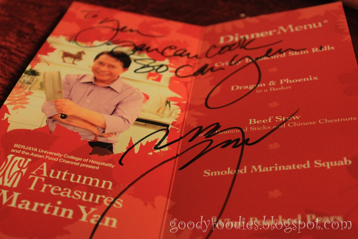 Goodyfoodies meeting my cooking idol martin yan in kl even as a child i love watching cooking programmes and martin yan always amazes me with his super fast chopping skills what i love most about him is how forumfinder Image collections