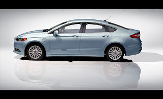 ford fusion 2013 bleu - neuf, non usagé, auotmne 2012 montréal québec.