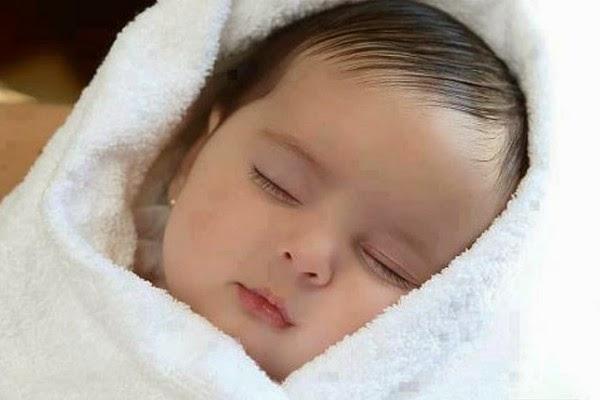 hình ảnh em bé đẹp