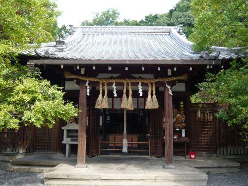 新熊野神社拝殿