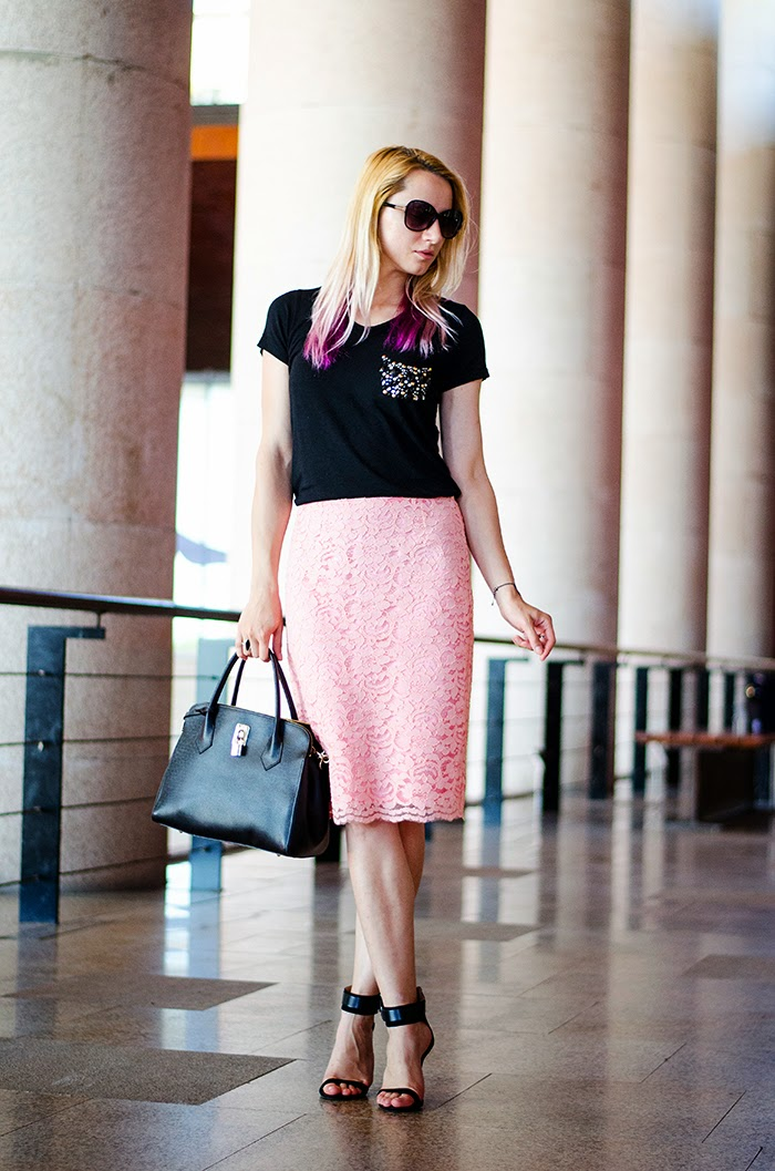 nowistyle bejeweled t-shirt sense pink lace skirt