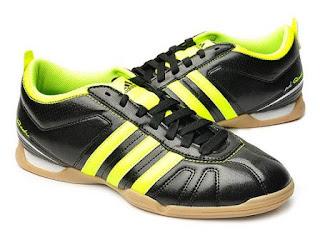www.tokoone.com jual sepatu futsal adidas