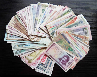 Worldwide paper money banknotes