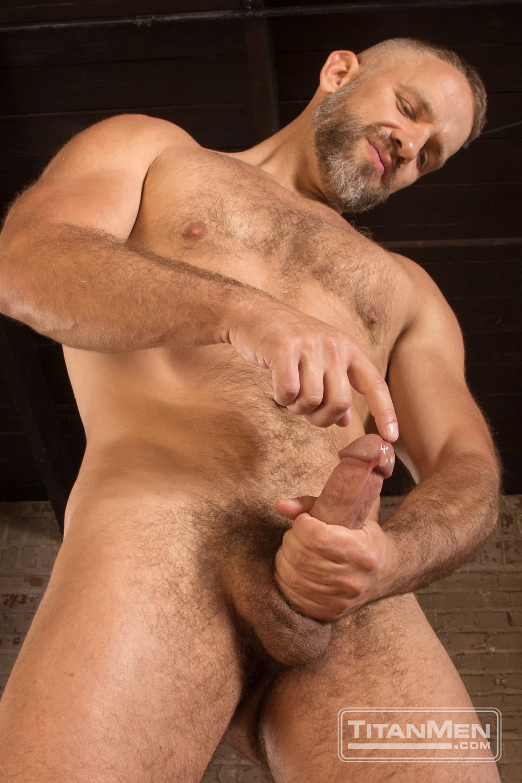 TitanMen Heavy Load DVD Big Cocks Gayrado