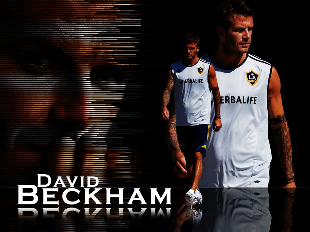 http://4.bp.blogspot.com/-u26-CCK8sxU/UCDPUfVI6gI/AAAAAAAABcc/LBzIT6R2dng/s1600/David-Beckham-Football-Wallpaper.jpg