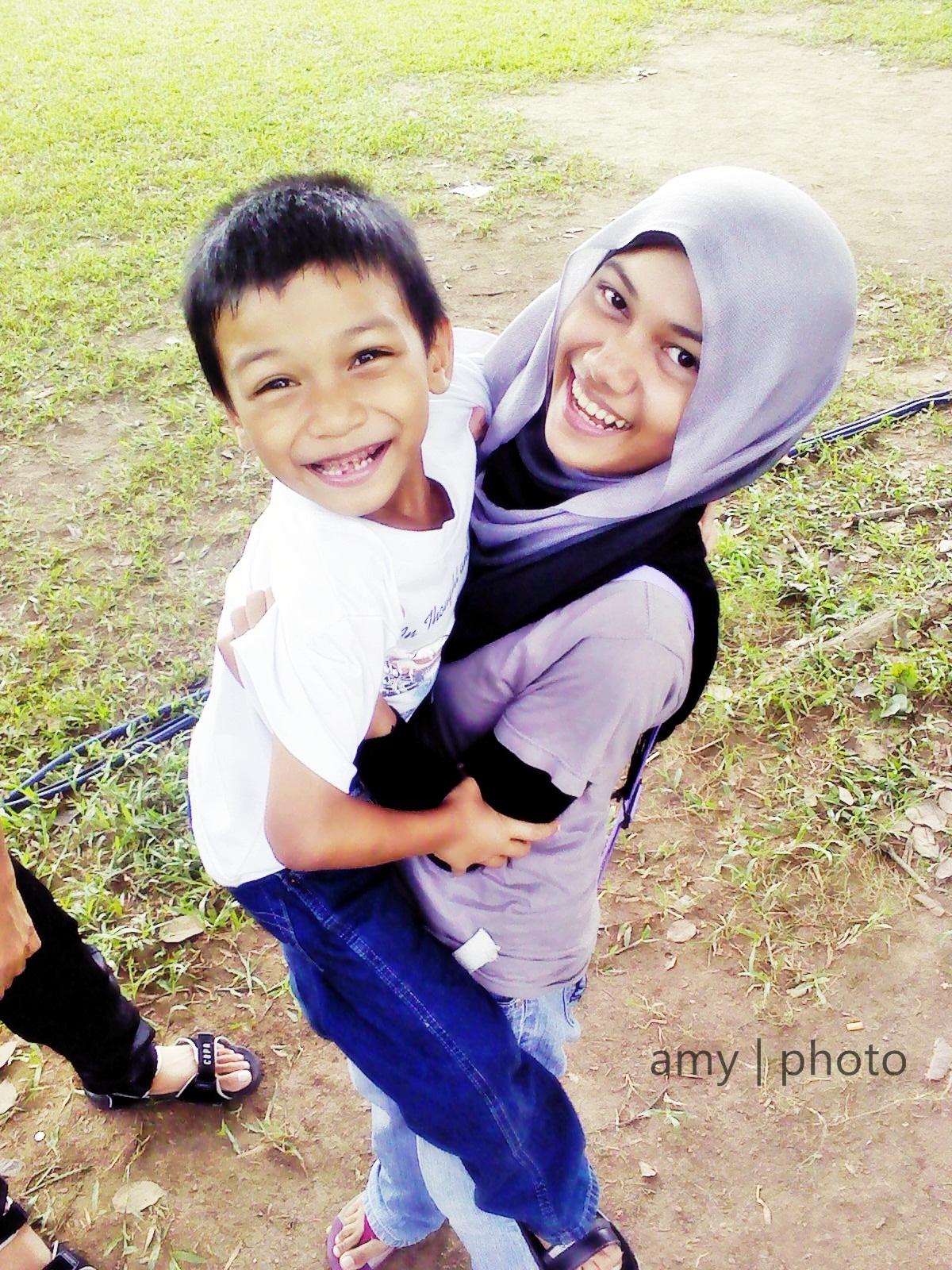 Kami anak Malaysia. Hooray!