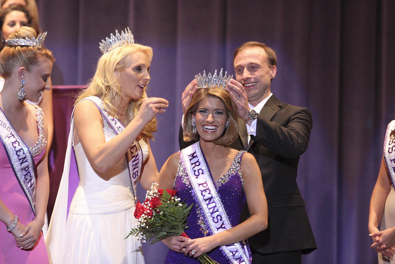 Marci McNair: Mrs Pennsylvania International 2013