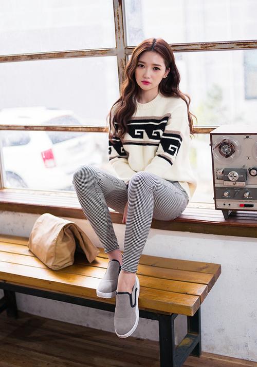 Chuu Wave Knit Sweater Kstylick Latest Korean