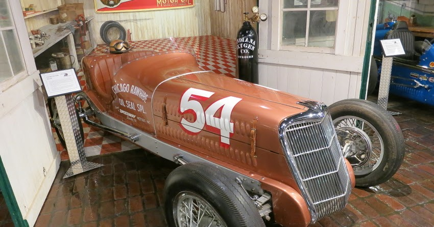 Hover motor company speedy bill smith 39 s museum of for Speedway motors museum lincoln ne