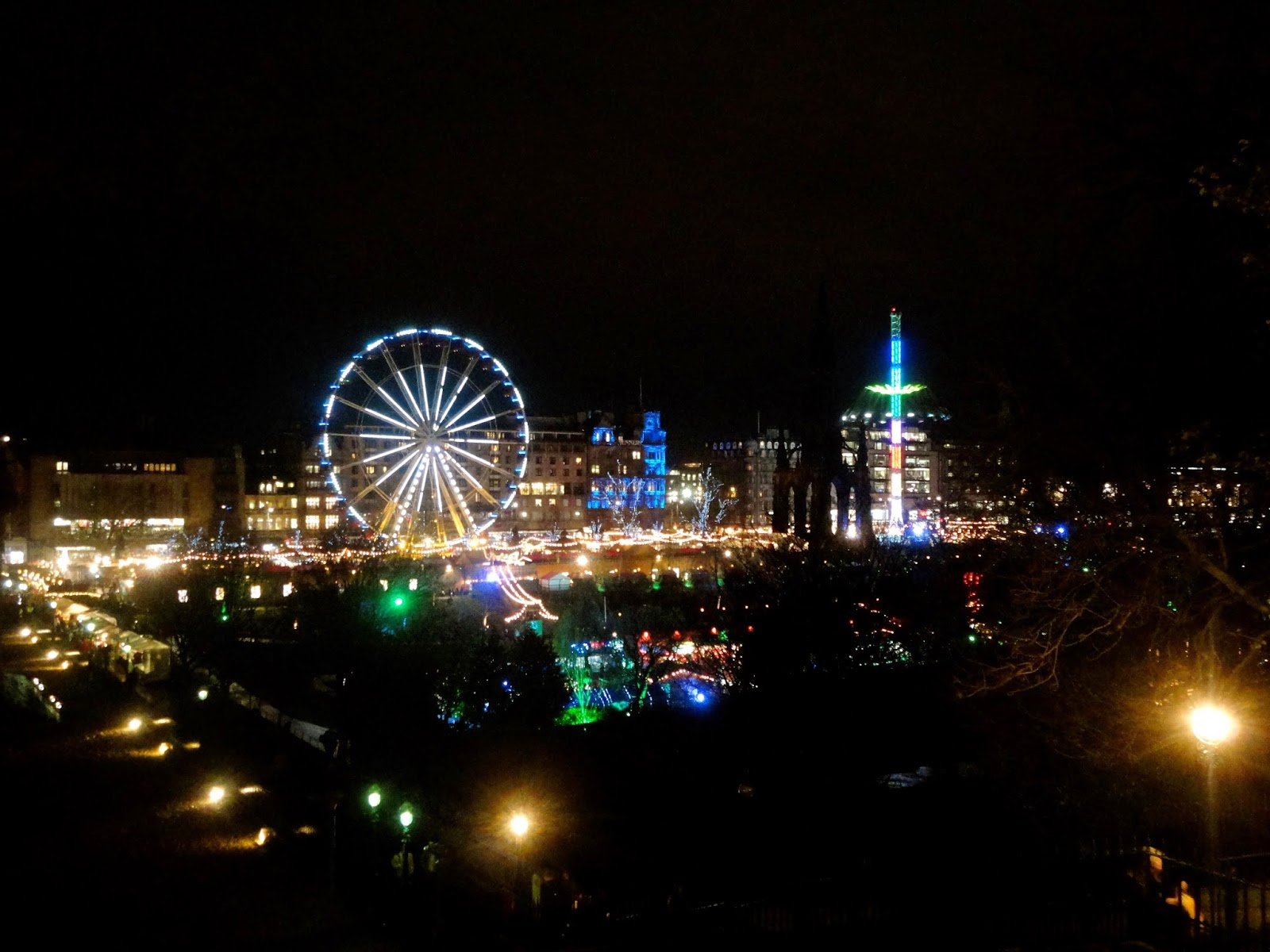 Edinburgh Winter Wonderland at Christmas in Princes Street Gardens