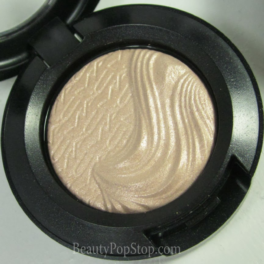 mac magnetic nude a natural flirt extra dimension shadow swatch