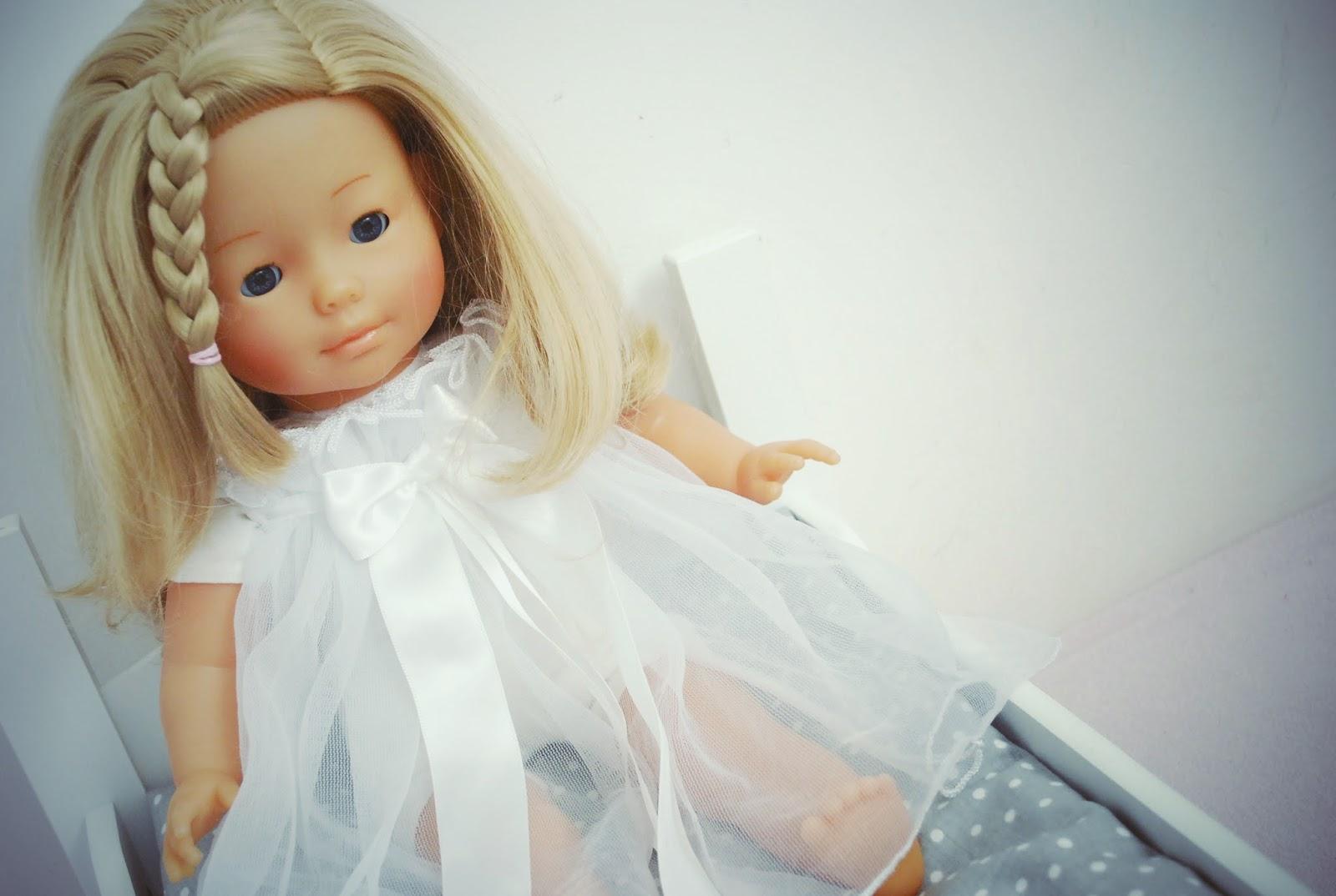 Małe Wilczki, pachnąca lalka Carolle, lalka do czesania, pachnące lalki