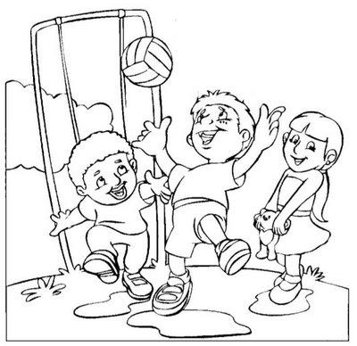 Desenhos Preto e Branco Crianças brincando de bola sorrindo  para copiar Colorir