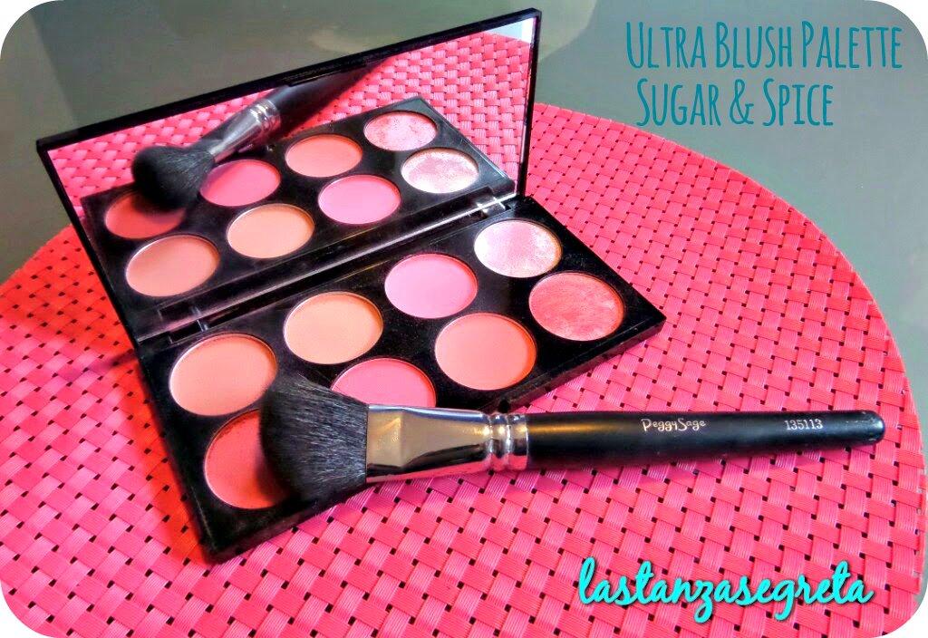 La Ultra Blush Palette di Makeup Revolution è disponibile in due versioni: Hot Spice è leggermente più calda e con sottotoni pescati mentre Sugar and Spice ...