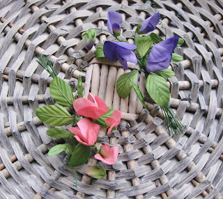handmade silk flowers, silk sweet peas, hand painted floral brooches, pink sweet peas, purple sweet peas, sweet peas brooch, millinery flowers