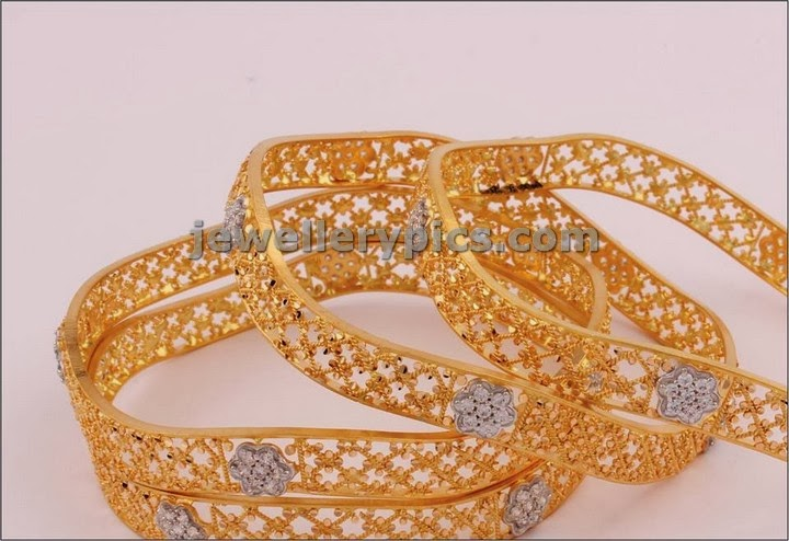 gold bangle 4 set