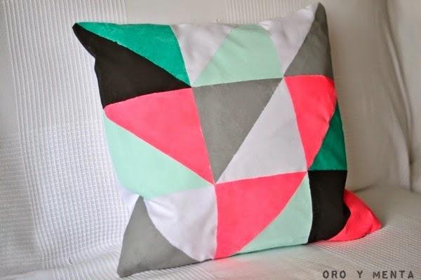 Cojines de triangulos o geometricos DIY