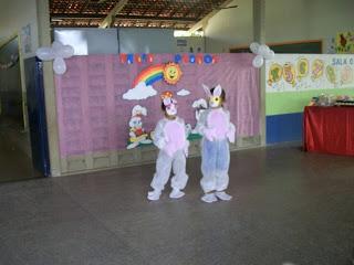 FANTASIA DE TNT PARA PÁSCOA